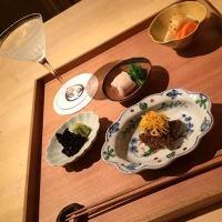 和食料理人とバーテンダーの夫婦が営む小さな小さなお店