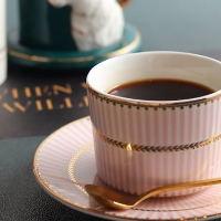 一杯ずつ丁寧に淹れたドリップコーヒー