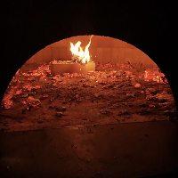 500度の超高温でじっくり焼き上げるのがこだわり!