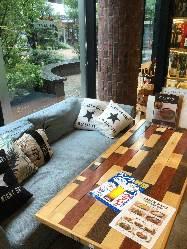 ふかふかソファーでゆったり少人数宴会はいかがでしょうか?