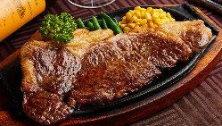 【フェア開催中】 季節ごとに変わる様々なテーマの料理を提供