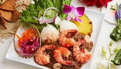 【プレート】 定番ハワイ料理のプレートを多彩にご用意◎