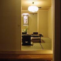 落着いた個室は接待やご会食の他、 内祝いの宴席に最適です。