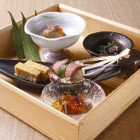 こだわりの「肉」と季節の「旬野菜」を織り交ぜた懐石料理。