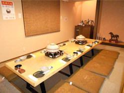 宴会で人気の掘りごたつ個室。