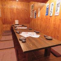 漁師小屋をイメージした個室もございます。少人数個室