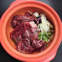 牛ホッペの柔らか煮SOUPCURRY!牛骨スープがイチオシです!