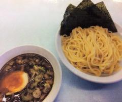 <つけ麺> 麺・スープ共に蜂屋本来の味をベースに構成