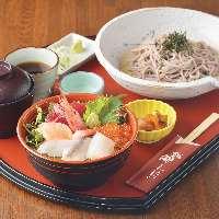 ランチ限定!!海鮮丼セット!超おすすめです。