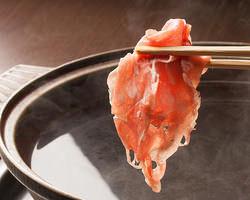 高級ラム肉を秘伝のタレで食す極上の味を楽しめます