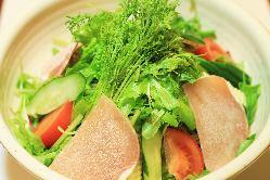 ・十勝音更町産の無農薬野菜がたっぷり! 十勝サラダ