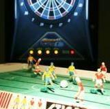 遊びのエリアにはダーツ2台■サッカーゲーム■野球盤、満載!
