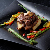 北海道産の新鮮な食材を使ったお料理をご提供。