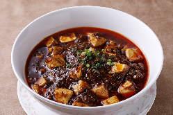 四川料理の代表格の四川麻婆豆腐は圧倒的な人気を誇ります。