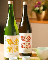 利酒師の女将が見立てる日本酒に鮨と料理を合わせたい。