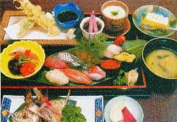 人気の「花膳」。昼も夜もご提供します♪