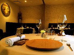 普段使いから記念日のディナーまで、様々な用途でご利用下さい。