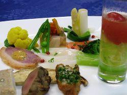 特別な日のランチやディナーにもおすすめのコース料理。
