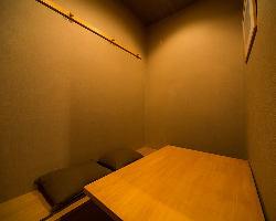 半個室テーブル席は多彩なシーンに対応。