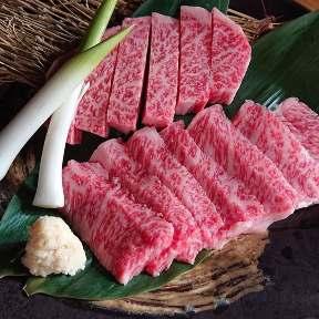 黒毛和牛と炭火焼肉 味千磨 梁川町店