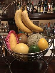 季節のフルーツを使ったお酒ございます。