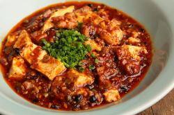 大人気のラム肉の麻婆豆腐