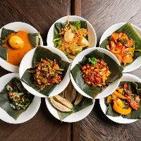 ジャパンとパダンを融合した料理「ジャパダン」をお楽しみ下さい