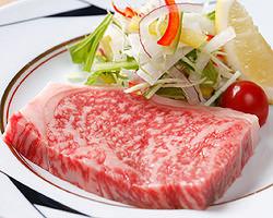 黒毛和牛、阿波尾鶏の料理も数多く取り揃えてます
