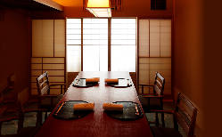 京都の中心地に居しながら味わう個室での静謐感