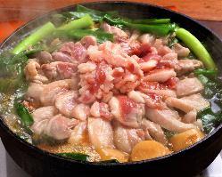 ヘルシーで大人気「鴨と九条葱のすき焼」