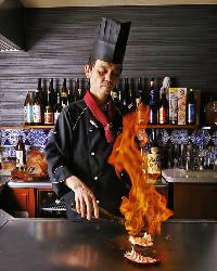 【目で見て楽しい】 調理シーンも味わえるのが鉄板焼の魅力