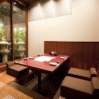 接待や会食にも使える堀こたつの半個室。