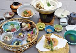 籠盛り湯豆腐御膳 ¥1,880(税込)