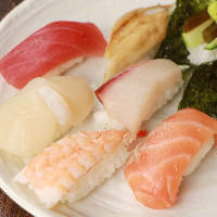 宮崎素材をふんだんに使用した、数々のお料理をお楽しみ下さい♪
