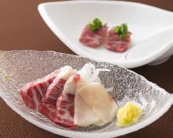 霜降りの馬肉ロースは熊本から直送 とろける食感と豊かな旨味。