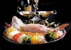 大阪聘珍樓特撰料理 広東式活真鯛の刺身仕立て(要予約)