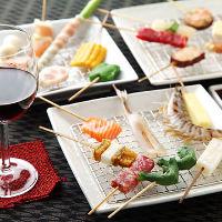 素材、食感、彩りにこだわった 串カツは30数種類。