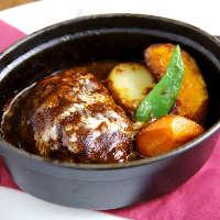 神戸牛挽肉ハンバーグで神戸ならではの洋食を!