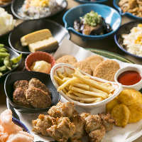 【フードビュッフェ】 揚げ物、アテ、サラダ、ご飯もの…etc.