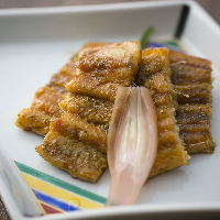 姫路名物の穴子料理は、食材・料理法ともにこだわりがひとしお