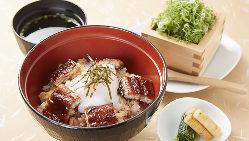 【炉端焼】 旬の魚や厳選肉、京野菜を炭火で焼き上げます