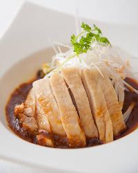 この辛旨さはお酒がすすみます! 四川の伝統料理、よだれ鶏