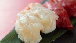 まさにぷりぷり!黒潮にもまれ引き締まった海老のお寿司をどうぞ