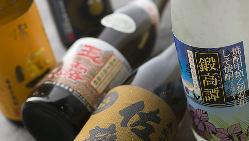 焼酎・地酒も豊富に取り揃えております!時には珍しい銘柄も。