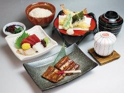 「和」と鰻が一度に愉しめます。「江戸川定食」