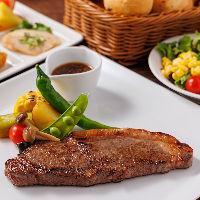 トラディショナルなビストロ料理をベースに、彩り豊かな品々を