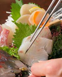 選りすぐりの魚介を使った、お造り盛り合わせも◎