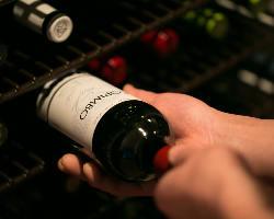 100%スペインワイン。お料理に合わせた味わいのご提案も可能