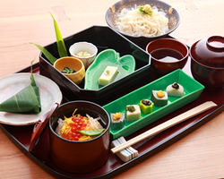 京都中ここでしか食べられない 「麩麺点心」で生麩・湯葉を堪能