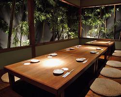 【10~16名様用個室】 庭のある優雅な空間
